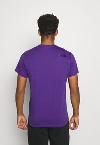 The North Face - MENS SIMPLE DOME TEE - T-shirt basic - peak purple - 2