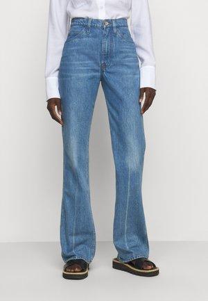 LE ITALIEN - Bootcut jeans - pure blue