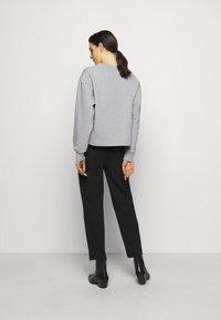 Pinko - BUFFY FELPA - Sweatshirt - grigio pioggerlla - 2