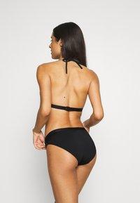Tommy Hilfiger - CORE SOLID LOGO TRIANGLE - Bikini top - black - 2