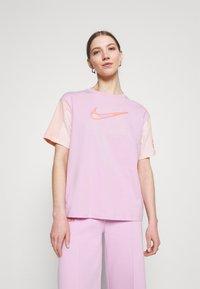 Nike Sportswear - Camiseta estampada - arctic pink - 0