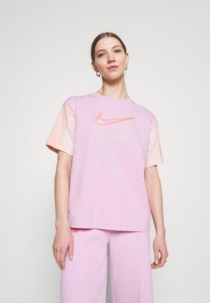 T-shirts print - arctic pink