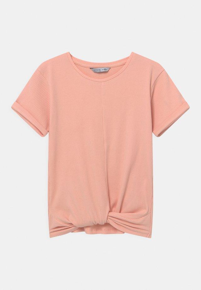CAMUN - T-shirt imprimé - orange