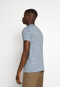 AllSaints - OWEN CREW - Print T-shirt - enamel blue - 2