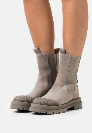STUDIO - Platform ankle boots - kali