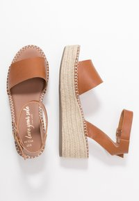 New Look Wide Fit - WIDE FIT POPPINS - Sandali con plateau - tan - 3