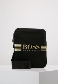 BOSS - PIXEL ZIP - Axelremsväska - black - 0