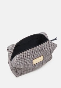 DAY ET - CHECK BEAUTY - Wash bag - blue nights - 2