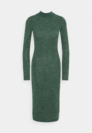NMCRISTINA CALF HIGH NECK DRESS - Robe pull - ponderosa pine