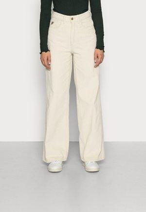 RACHEL LUX - Trousers - champagne