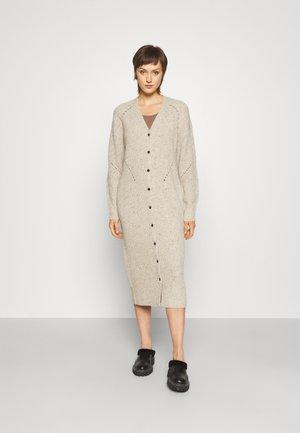 DONEGAL DRESS - Neulemekko - light grey