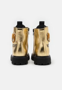 MOSCHINO - Lace-up ankle boots - gold - 2
