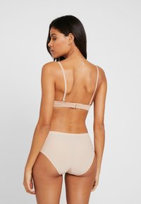 Fantasie - SMOOTHEASE INVISIBLE STRETCH BRIEF - Pants - natural beige - 2