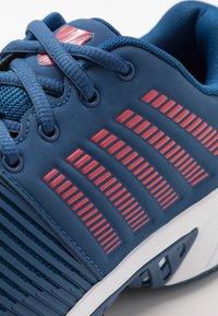 K-SWISS - EXPRESS LIGHT 2 HB - Clay court tennis shoes - dark blue/white/bittersweet - 5