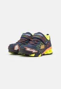 Skechers - HYDRO LIGHTS - Tenisky - navy/yellow/orange - 1