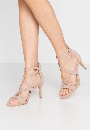 Sandály na vysokém podpatku - light rose