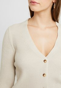 Missguided - SKINNY CROPPED CARDIGAN - Gilet - beige - 4