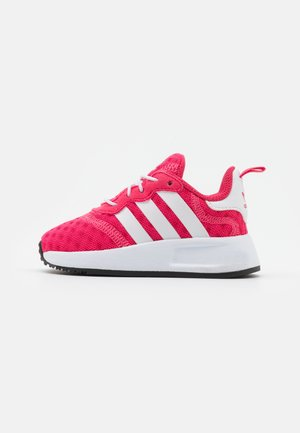 X_PLR SPORTS INSPIRED SHOES UNISEX - Matalavartiset tennarit - super pink/footwear white/core black