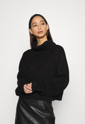 ROLL NECK BATWING CROP JUMPER - Jumper - black