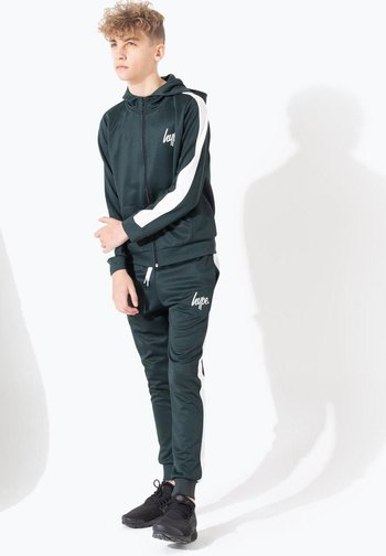 Tracksuit - green