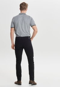 Only & Sons - LOOM - Slim fit jeans - black denim - 2