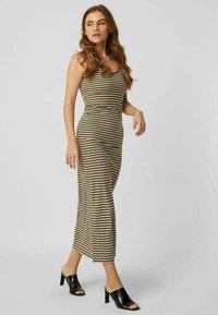 Vero Moda - Maxi dress - ivy green - 1