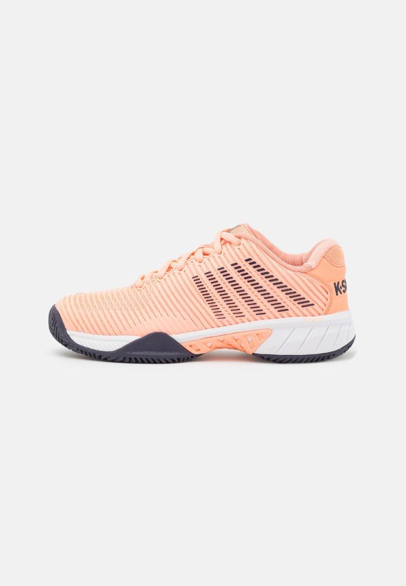 K-SWISS - HYPERCOURT EXPRESS 2 HB - Multicourt tennis shoes - peach nectar/graystone/white