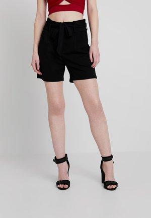 VMEVA PAPERBAG - Shorts - black