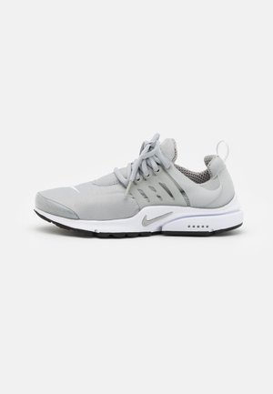 AIR PRESTO - Trainers - light smoke grey/white/black
