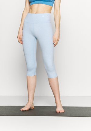 SO PEACHY CAPRI - Punčochy - baby blue marle