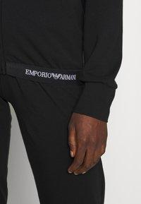 Emporio Armani - JACKET AND PANTS WITH CUFFS SET - Pyjama set - nero - 3