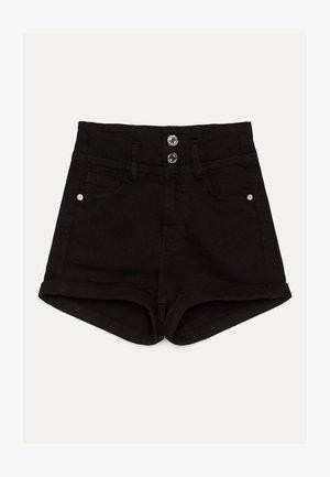 UND UMGESCHLAGENEM SAUM  - Denim shorts - black