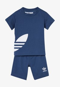 adidas Originals - BIG TREFOIL SET - Shorts - marin/white - 4