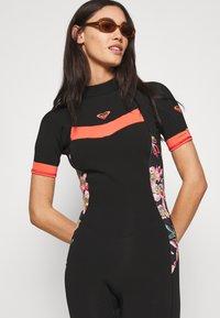 Roxy - Swimsuit - black/bright coral - 3