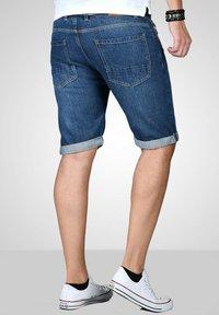 Maurelio Modriano - Denim shorts - mittelblau - 1