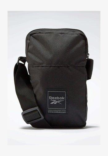WORKOUT READY TRAINING - Across body bag - black