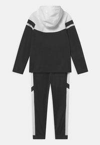 Nike Sportswear - POLY SET UNISEX - Tepláková souprava - black/white - 1