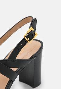 Lauren Ralph Lauren - MACKENSIE - Sandals - black - 6