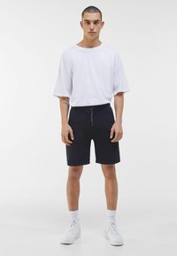 Bershka - Shorts - black - 1