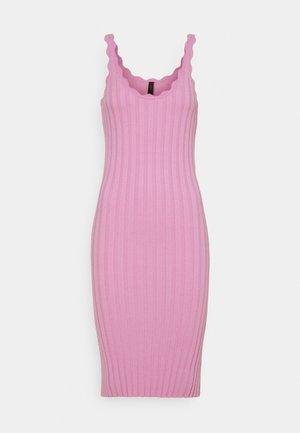 YASNEEL DRESS  - Strickkleid - pastel lavender