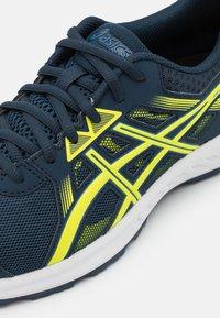 ASICS - GEL-SILEO 2 - Chaussures de running neutres - french blue/sour yuzu - 5
