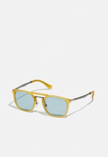 UNISEX - Sunglasses - miele