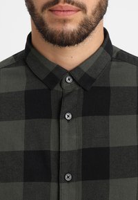 Only & Sons - ONSGUDMUND CHECKED - Chemise - forest night - 5