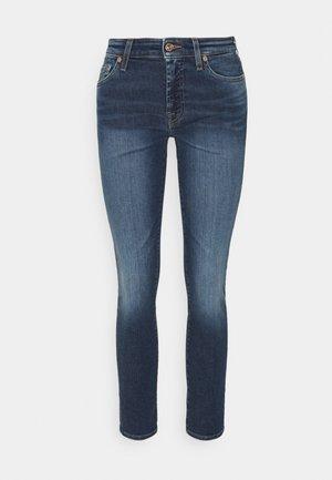 PYPER CROP SLIM ILLUSION ABOVE - Jeans Skinny Fit - mid blue