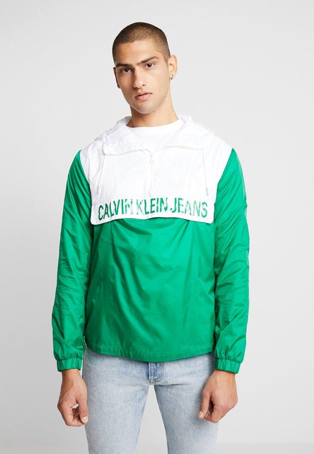 COLOR BLOCK POPOVER - Windbreaker - jolly green/bright white