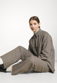 Envii - ENLAFAYETTE PANTS - Trousers - brown - 4