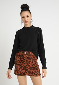 ONLY - ONLNEW MALLORY BLOUSE SOLID - Blouse - black - 0