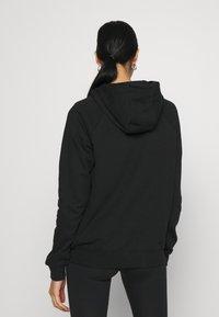 Nike Sportswear - Topper langermet - black/hyper pink - 2