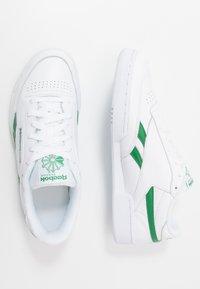 Reebok Classic - CLUB C REVENGE MU - Sneakers - white/glen green - 1
