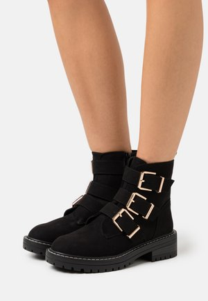 ANCHOR BUCKLE CHUNKY - Classic ankle boots - black
